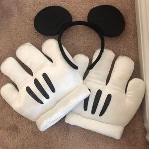 Mickey Mouse hands and ears for costume purposes